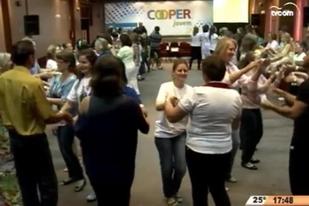 Cooperativismo em Notícia - 1º Bloco - 12.04.15