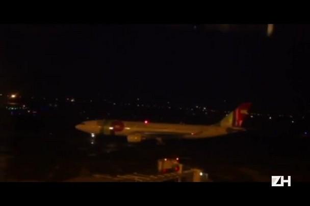 Veja o momento em que avião da TAP decola