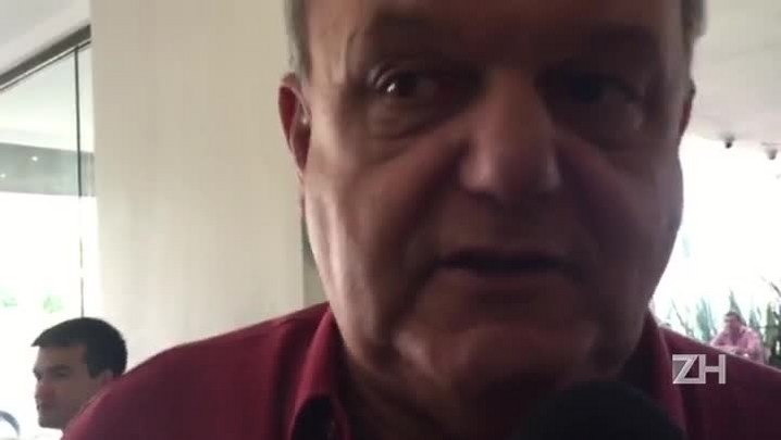 "\""Meio a zero é goleada\"", diz Vitorio Piffero sobre o Gre-Nal"