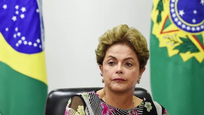 Retrospectiva 2015: Moacir Pereira analisa pedido de impeachment da presidente Dilma Rousseff