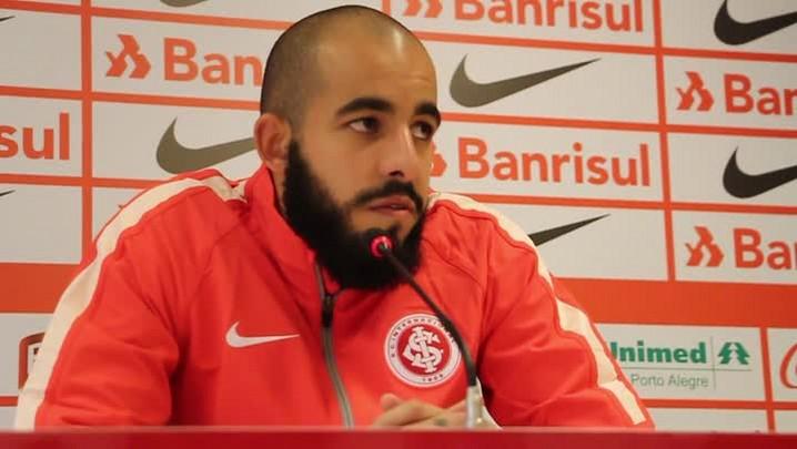 Danilo Fernandes fala sobre briga pela liderança