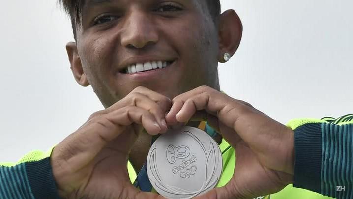 Brasil tem 1ª medalha na canoagem