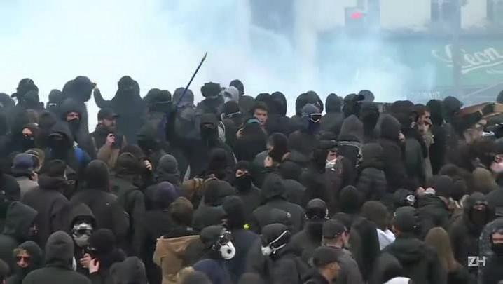 Paris tem confrontos durante marcha pelo Dia do Trabalho