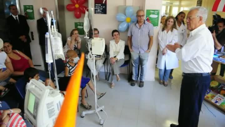 Crianças internadas no Hospital São Lucas da PUCRS participam de edição especial da Feira do Livro