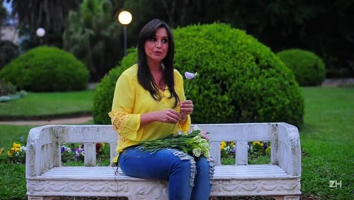 A florista Angélica Martins ensina a fazer um buquê