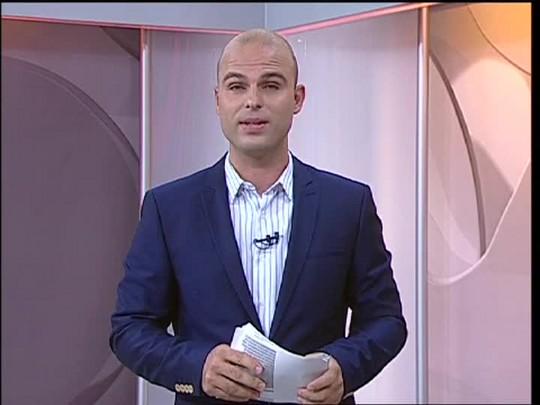 TVCOM 20 Horas - Flagrante de caminhoneiro dirigindo na contramão na BR-290 - 15/01/15