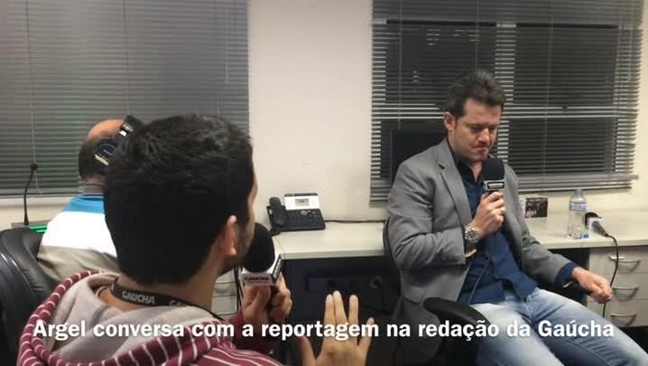 Vídeo: Argel bate papo com a equipe da redação da Gaúcha