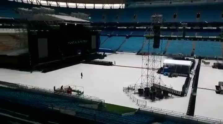 Veja como ficou o palco para o show do Pearl Jam montado na Arena do Grêmio