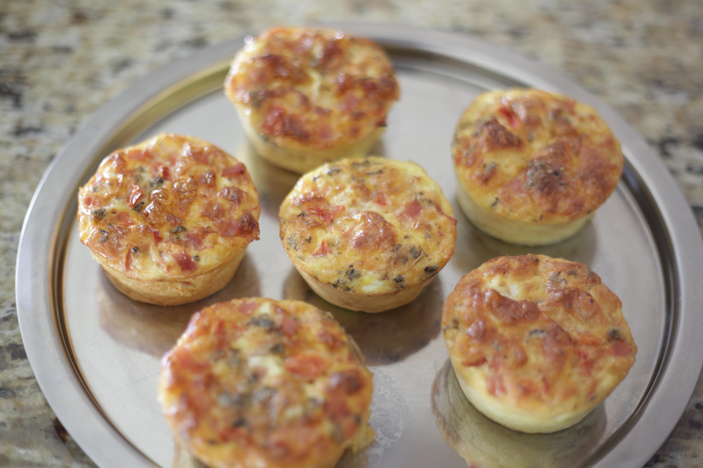 Aprenda a fazer saborosos muffins de omelete
