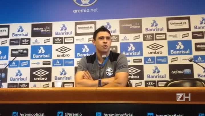Giuliano revela brincadeira do grupo do Grêmio com Miller Bolaños