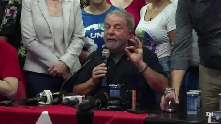 MP de São Paulo pede prisão preventiva de Lula