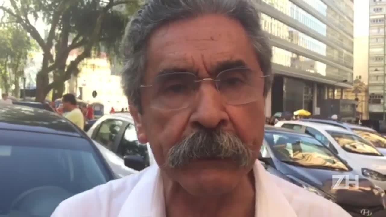"""Olívio Dutra: \""""A presidente Dilma não cometeu nenhum desses crimes\"""""""