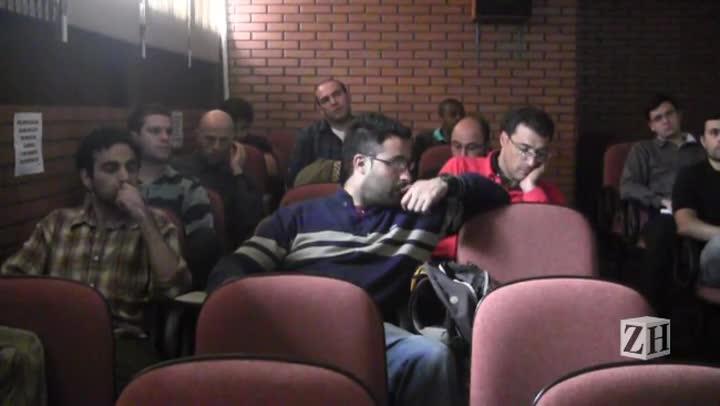 Cubanos do Mais Médicos começam curso em Porto Alegre