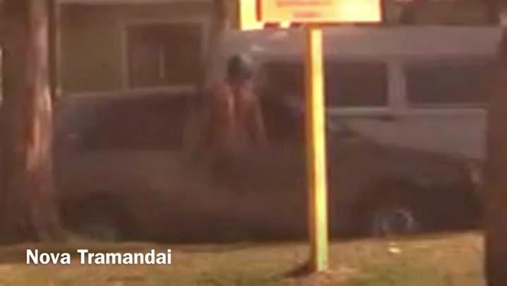 Imagens flagram furtos em veículos no Litoral Norte do Rio Grande do Sul. 21/01/2014