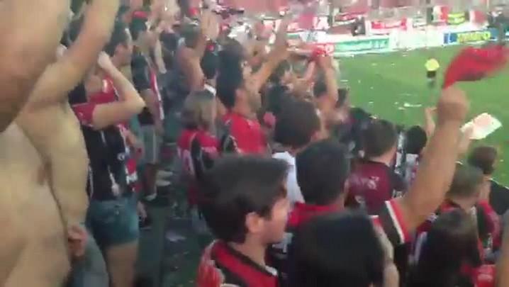 Torcida do JEC faz a festa na Arena Joinville