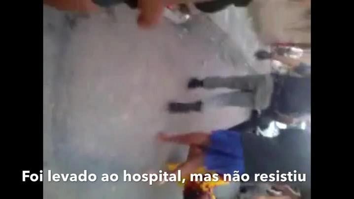 Rapaz ferido por PMs foi levado ao hospital, mas não resistiu
