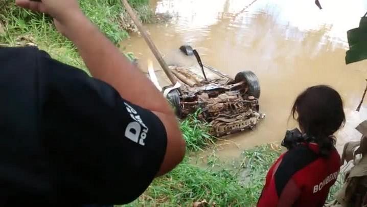 Carro envolvido em acidente há sete meses é encontrado em Navegantes