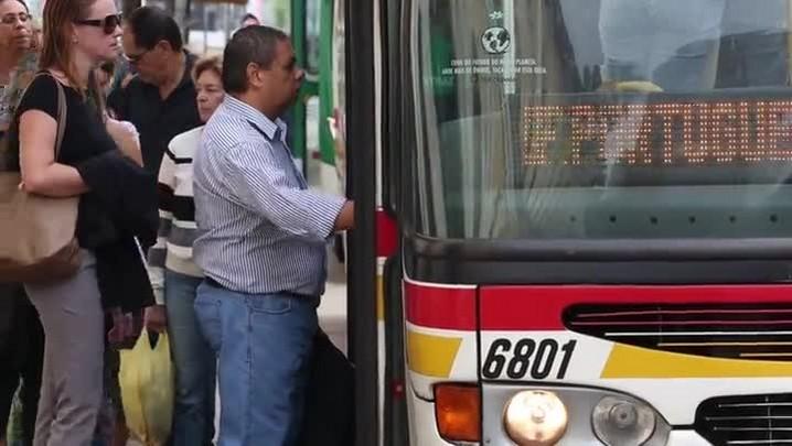 Usuários reclamam do aumento da passagem em Porto Alegre