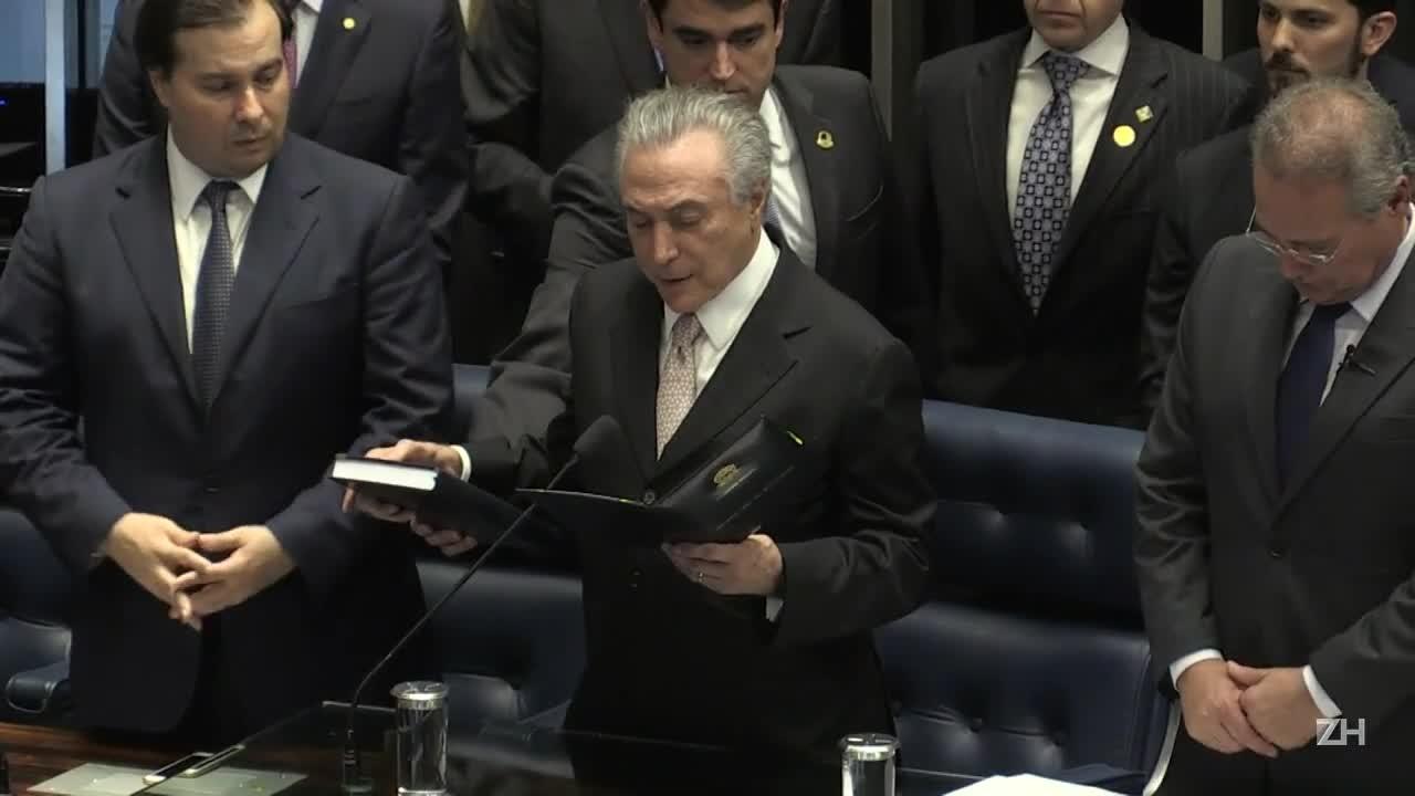 Michel Temer assume a presidência do Brasil