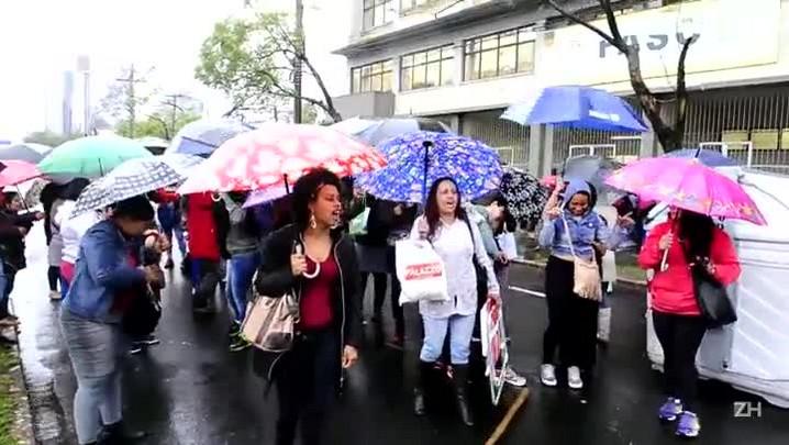Grupo bloqueia Ipiranga por falta de fichas do Bolsa Família