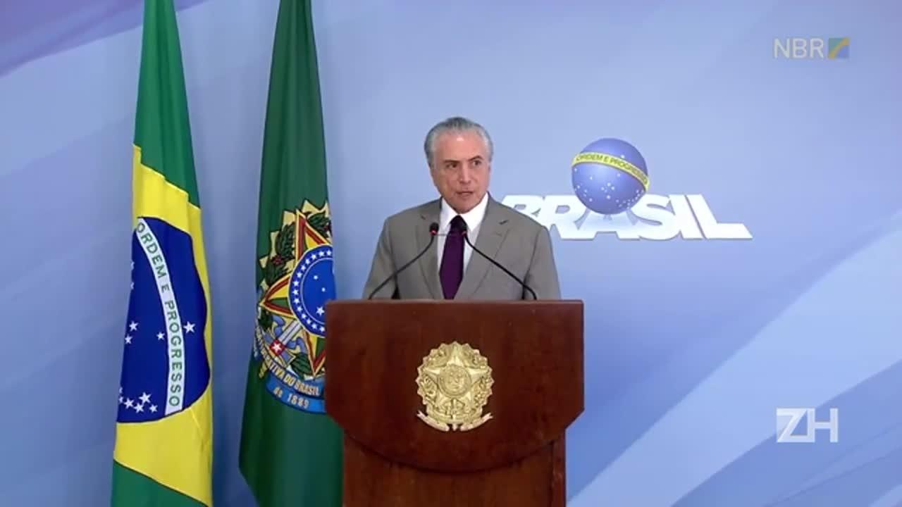 Em coletiva, presidente Michel Temer afirmou que quem for denunciado na Lava-Jato será afastado do governo