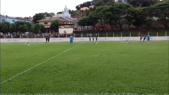 Vídeo: Confira como foi o treinamento do Grêmio na tarde desta terça-feira - 14/01/2014