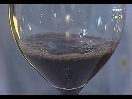 TVCOM 20 Horas - Treze vinículas são investigadas por suspeita de terem adicionado antibiótico - Bloco 1 - 01/05/2014