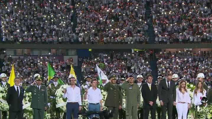 Medellín e Chapecó homenageiam vítimas