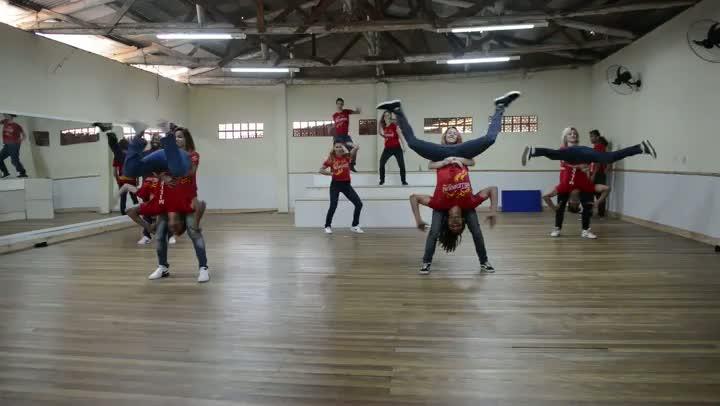 Grupo de dança Millenium, de Itajaí
