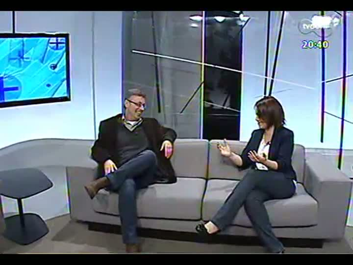 TVCOM Tudo Mais - Bate-papo com David Coimbra, uma das patronáveis à Feira do Livro de Porto Alegre de 2013