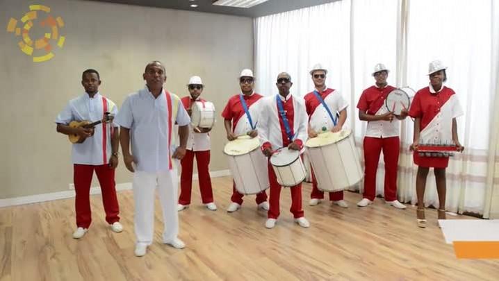 Liga das escolas de samba de Itajaí convida para concurso de Rainha do Carnaval