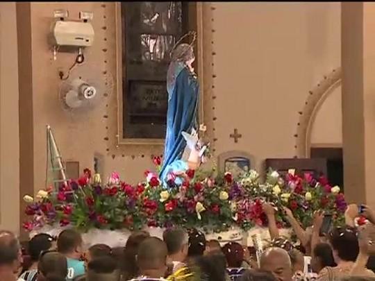 TVCOM 20 Horas - Procissão de Nossa Senhora dos Navegantes reúne mais de 100 mil pessoas na capital - 02/02/15