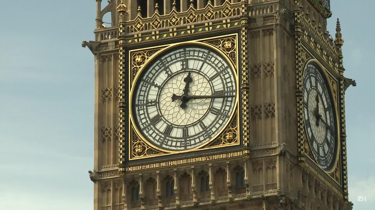 Parlamento britânico aprova eleições antecipadas