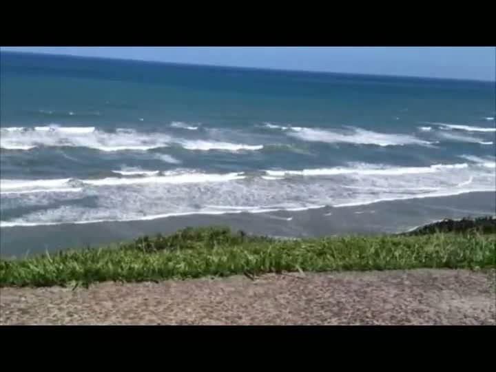 Nebulosidade diminui e sol aparece nas praias gaúchas. 22/12/2012