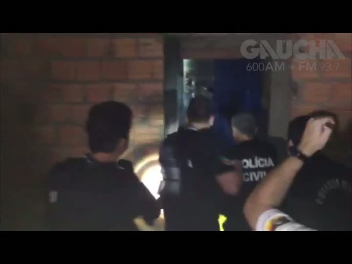 Policiais desarticulam quadrilha de detentos e realizam revista em presídio de Viamão. 25/01/2013