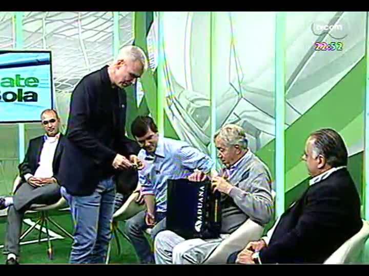 Bate Bola - Rodada do Gauchão com a participação do ex-presidente do Internacional Fernando Carvalho e o conselheiro do Grêmio, Zélio Hocsmann - Bloco 5 - 14/04/2013