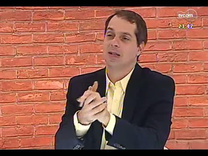 """Mãos e Mentes - Especial \""""1 ano para a Copa\"""": jogador, técnico e comentarista Paulo Roberto Falcão - Bloco 2 - 12/06/2013"""
