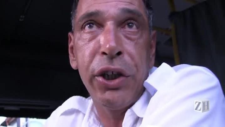 Motorista recolhe ônibus após sofrer ameaça