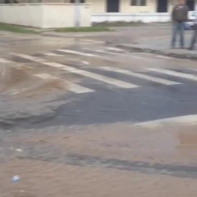 Vazamento da Casan ocorre pela terceira vez em um mês em Canasvieiras