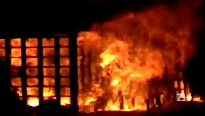 Leitor registra incêndio em quiosque na Avenida Beira-Mar de Capão da Canoa