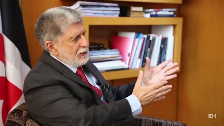 Com a Palavra: Celso Amorim fala sobre a crise econômica no Brasil