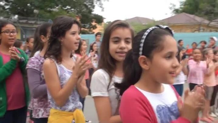 Escola Castelo Branco comemora 70 anos