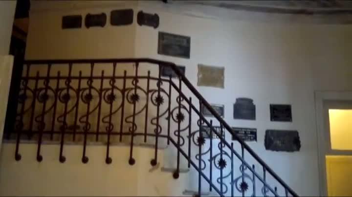 Interditado, Teatro Sete de Abril apresenta deterioração