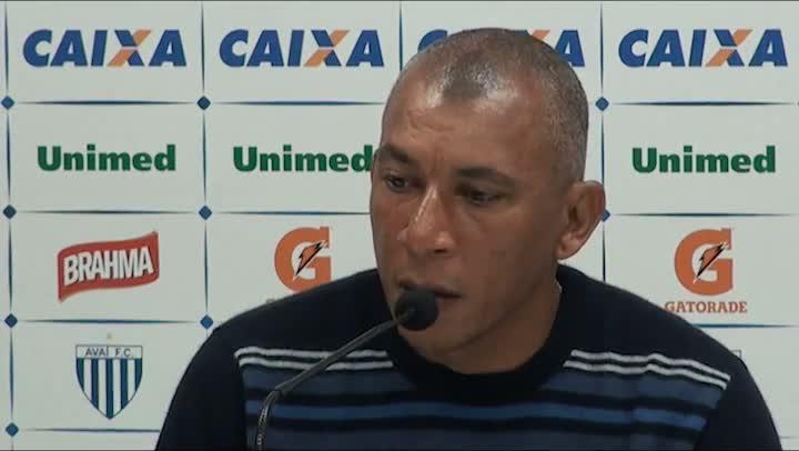 Entrevista com Hemerson Maria, novo treinador do Avaí
