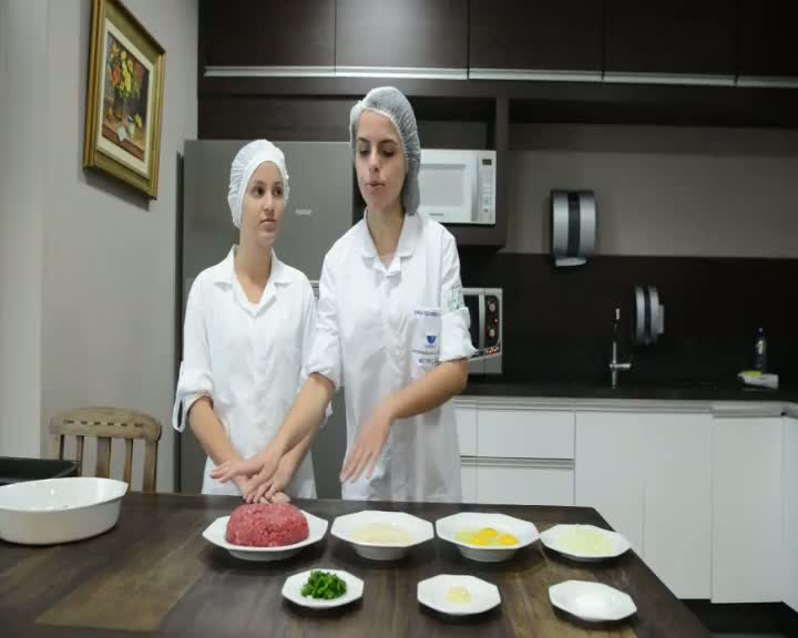 Almôndegas com Quinoa