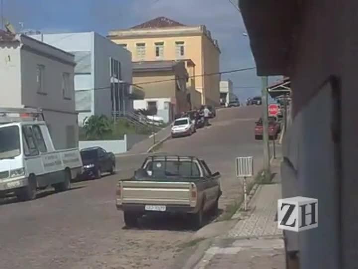 Momentos de terror no centro de Lavras do Sul