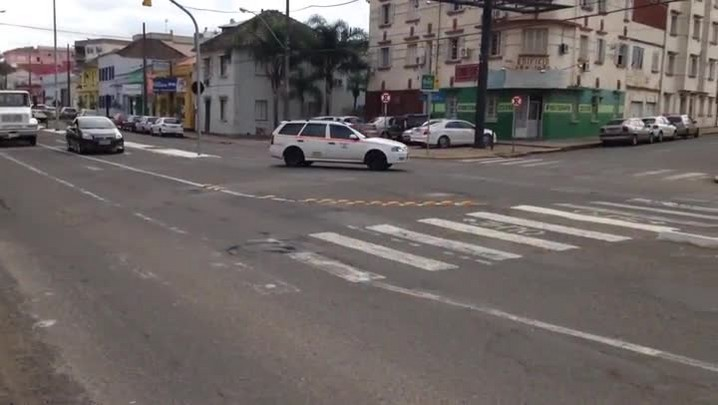 Trânsito em Santa Maria: sinalização e comportamento somam problemas nas ruas