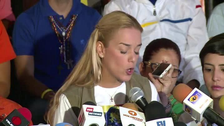 Opositor venezuelano preso suspende greve de fome após um mês