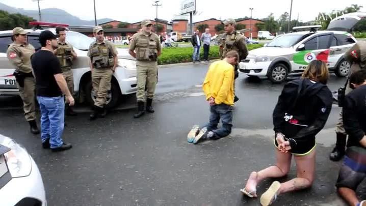 Captura de assaltantes em Indaial