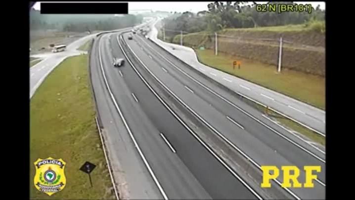 Vídeo: PRF divulga imagens de acidentes na BR-101 para conscientizar motoristas sobre excesso de velocidade